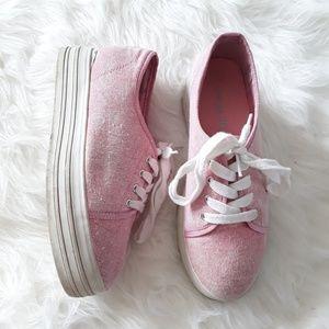 Dirty Laundry Pink Platform sneakers sz 37 6.5